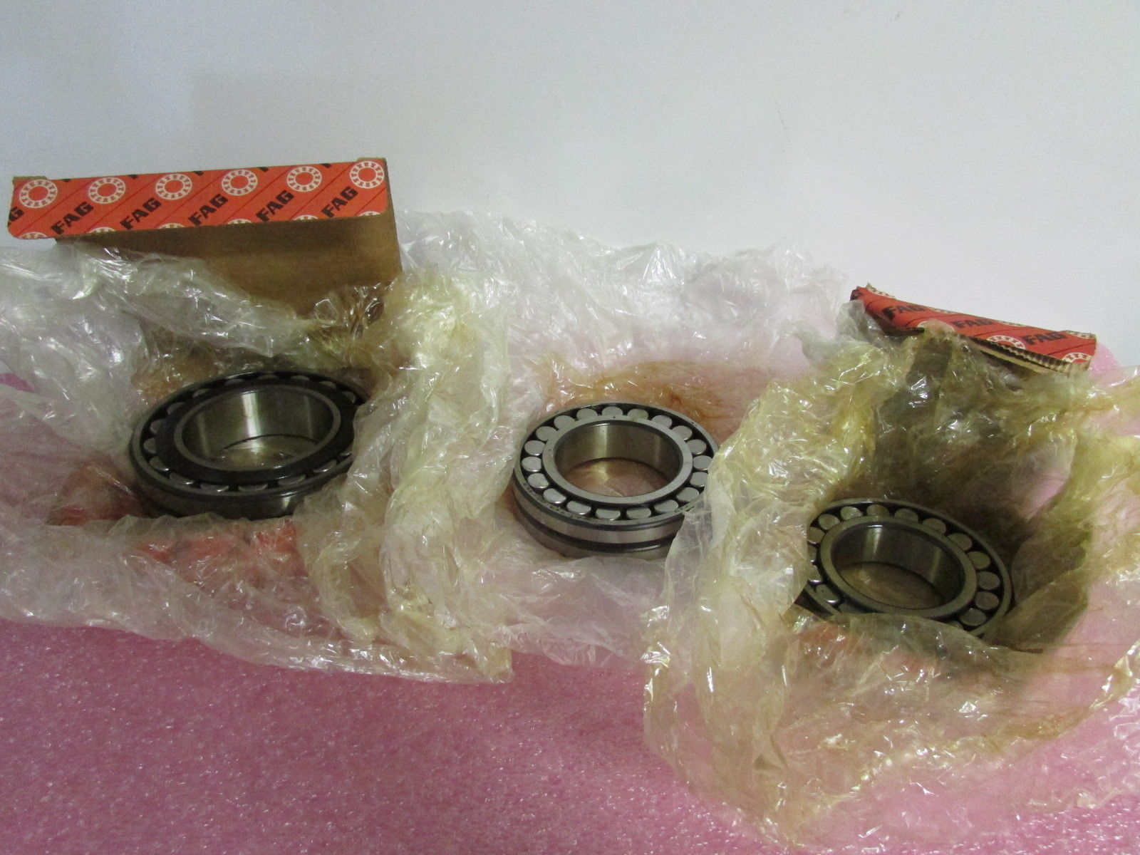 high temperature FAG Spherical Roller Bearings 22213-22216-22218 Mixed Lot of 3