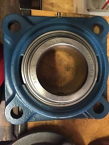 """high temperature FY 2-3/4 TF SKF FOUR BOLT FLANGE  Bearing  2-3/4"""" Bore YAR 215-212"""