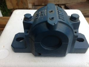 high temperature SKF SAF 509 Split Pillow Block Housing 1 7/16""