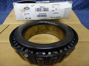 high temperature AUTHENTIC MACK BEARING # 25157937  62AX422 BULLDOG OEM BEARING CONE HYATT 582