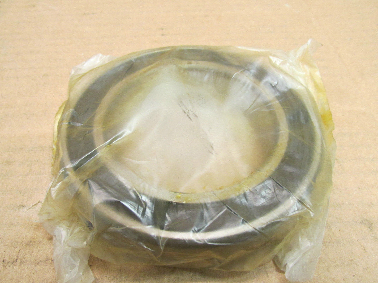 high temperature NIB NSK 6014RVVCE BEARING RUBBER SEALED 6014R VV CE 60142RS 70x110x20 mm
