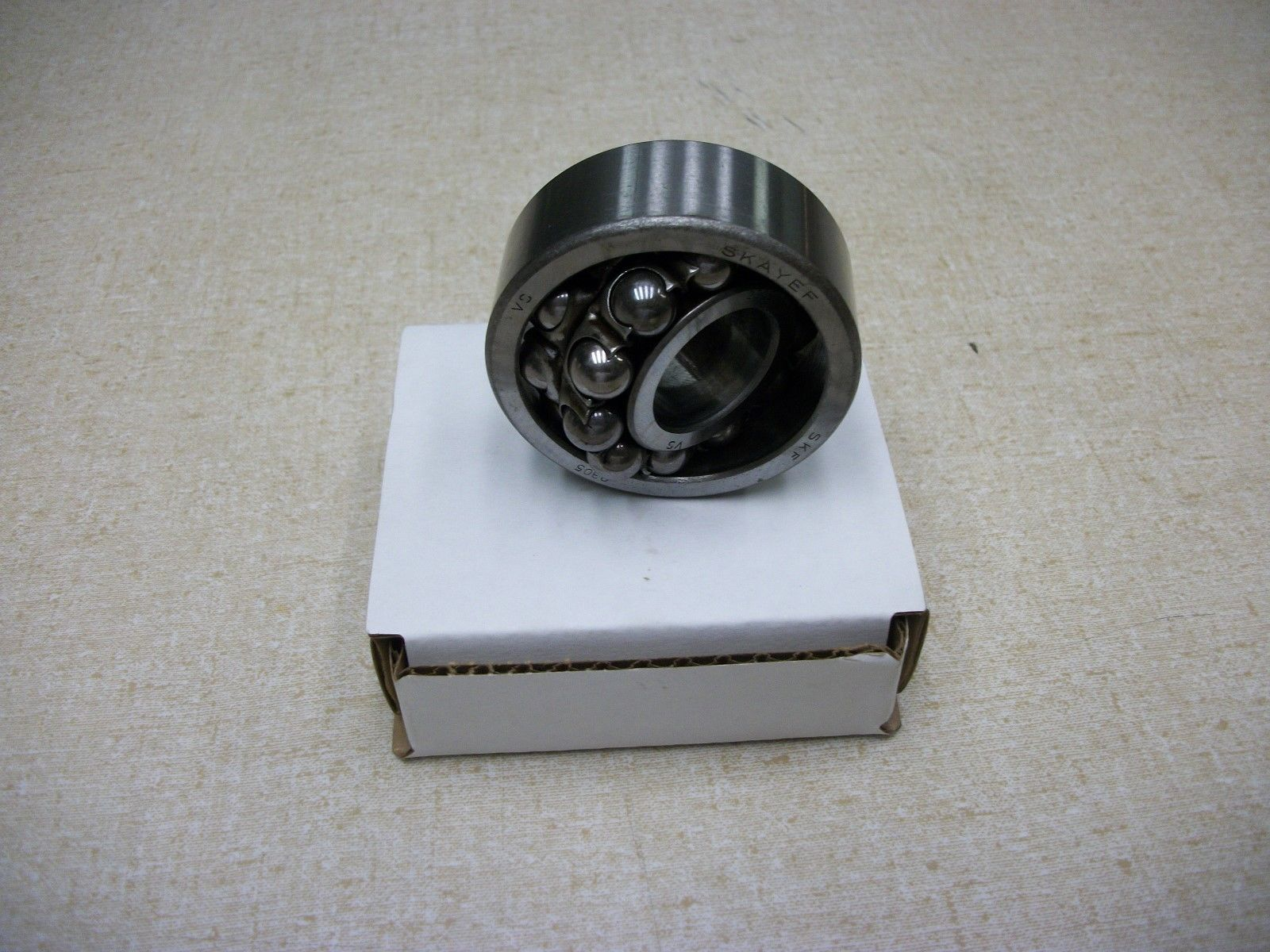 high temperature SKF 2305 Self Aligning Double Row Ball Bearing